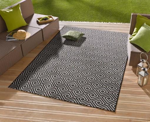 Vloerkleden: zo kies je het juiste vloerkleed voor buiten in de tuin
